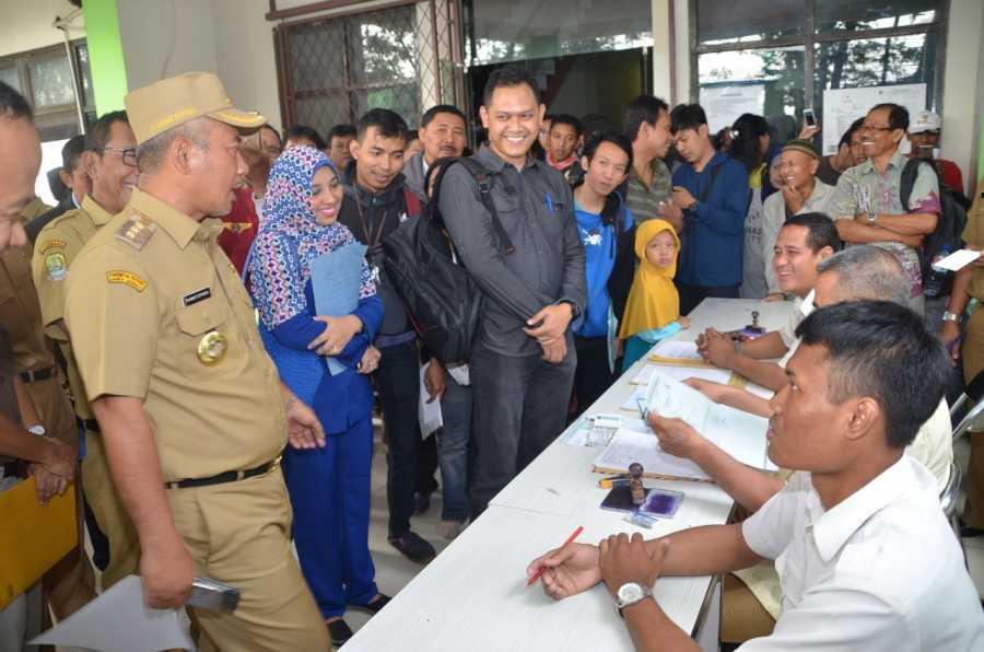 Sidak Kantor Catatan Sipil, Wali Kota Bekasi :