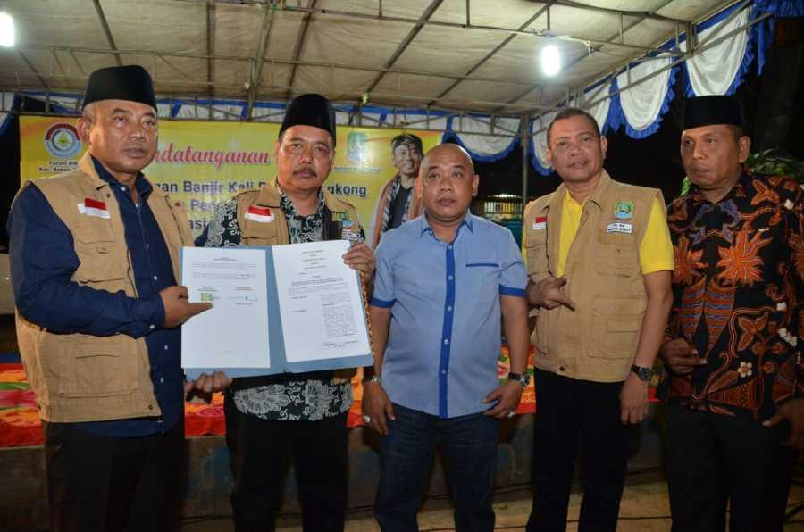 Wali Kota Tandatangani MoU Penanggulangan Banjir Kali Bojongrangkong