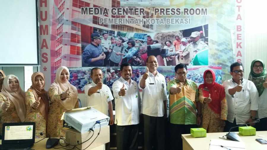 BALITBANGDA Kab. Pangkajene Studi Banding ke Pemkot Bekasi