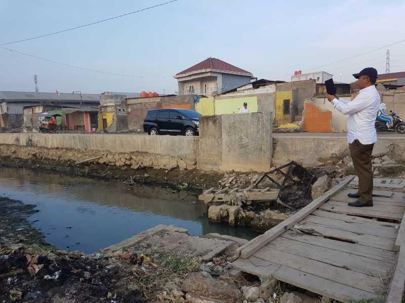 Wali Kota Sidak Saluran Rawasilem dan BTS di Kecamatan Bekasi Utara