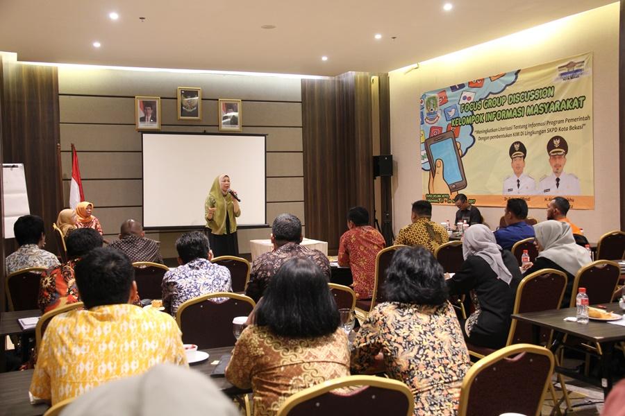 Kadiskominfostandi Membuka Acara Focus Group Discussion KIM Aparatur Pemerintah Kota Bekasi