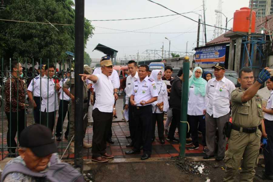 Wali Kota Bekasi Pantau Permasalahan Macet di Stasiun Kranji dan Stasiun Bekasi