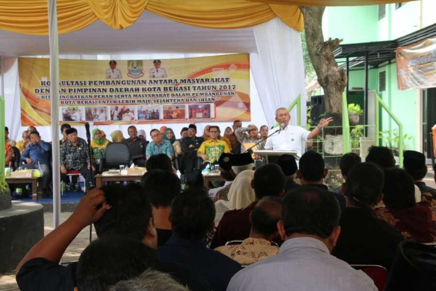 Temu Komunikasi Wali Kota Bekasi dengan Para Warga Kecamatan Bekasi Timur dan Kecamatan Rawalumbu