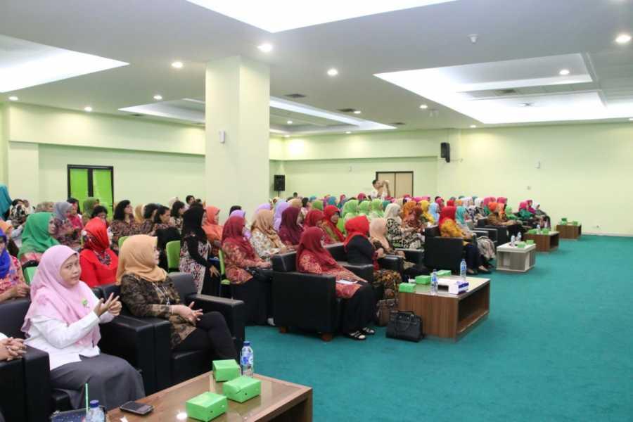 Wali Kota Bekasi Buka Seminar Hari Ibu ke 89 Kota Bekasi Bersama GOW Kota Bekasi
