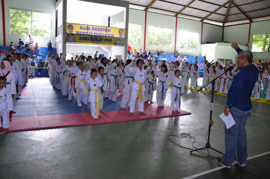 Wali Kota Buka Kejuaraan Taekwondo se-Kota Bekasi