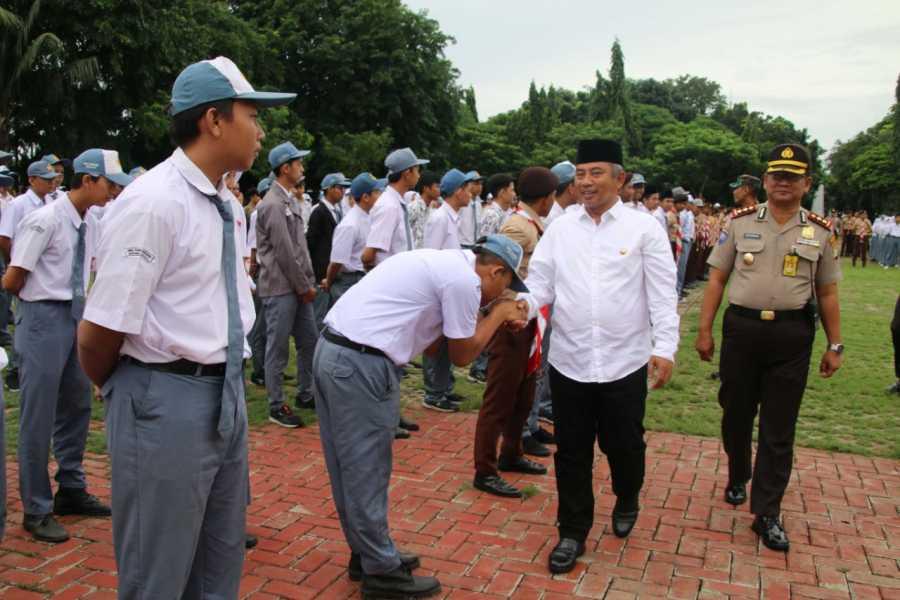 Wali Kota Bekasi, Kapolres Metro Bekasi Kota, dan Dandim 0507 Bekasi Pimpin Apel Anti Narkoba.