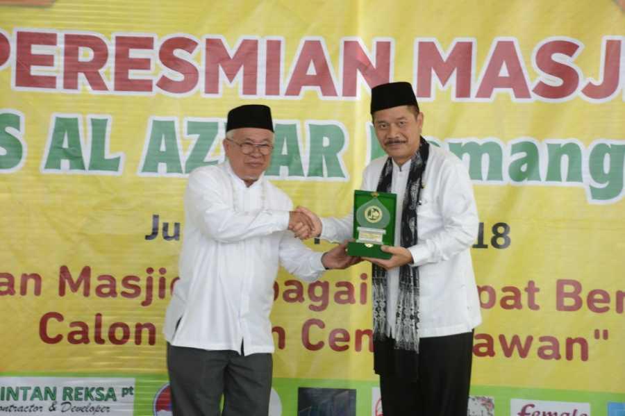 Penjabat Wali Kota Bekasi Resmikan Masjid Kampus Al Azhar.