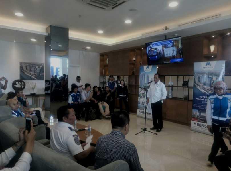 Menhub Evaluasi Implementasi Paket Kebijakan Penanganan Kemacetan di Bekasi