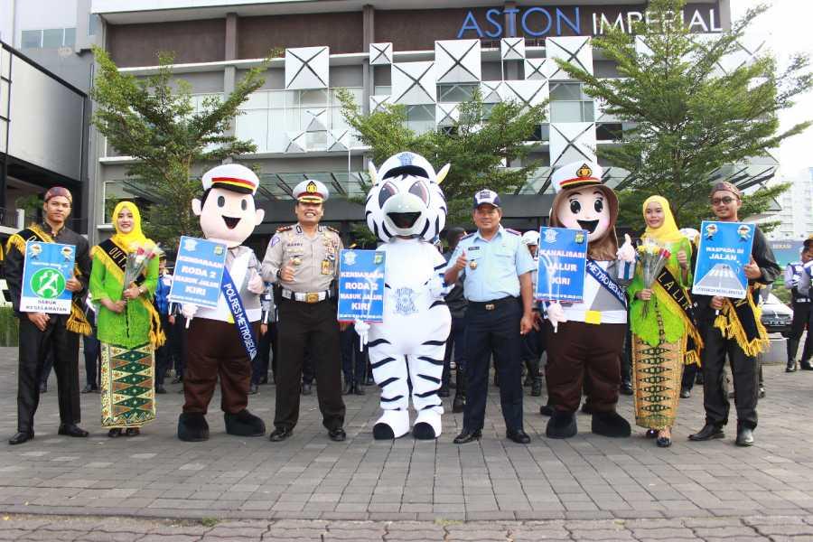 Tim RSPA Kota Bekasi Sosialisasi Kanalisasi Jalur Kiri Kawasan Tertib Lalulintas