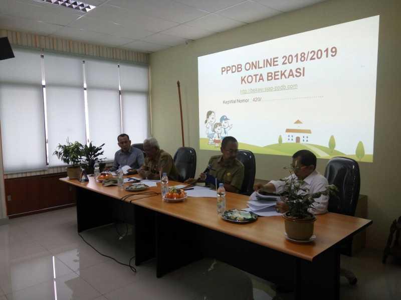 Sekda Pimpin Langsung Pembahasan Juknis PPDB Online Tahun 2018