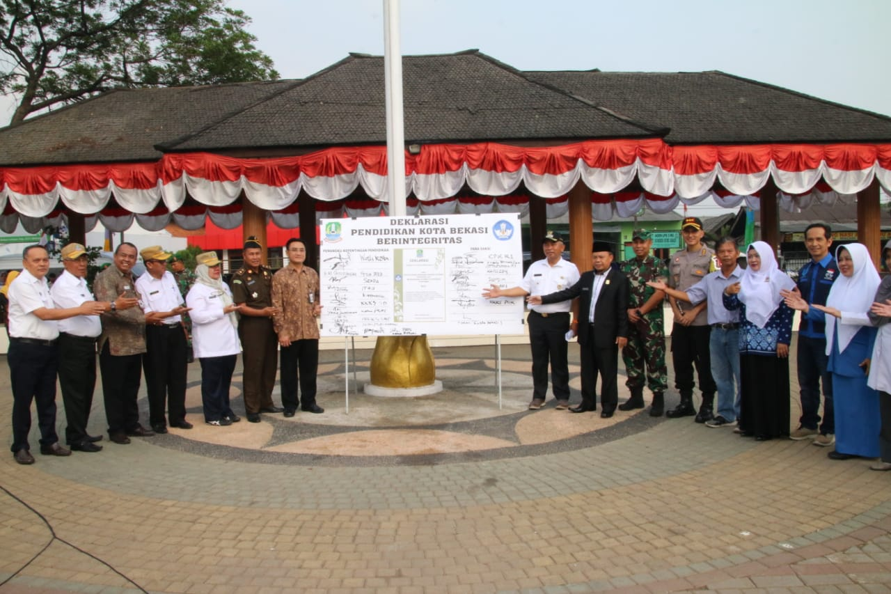 Pemerintah Kota Bekasi Kota Bekasi Deklarasikan Pendidikan