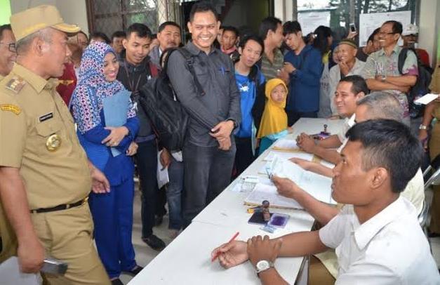 Wali Kota Bekasi : Seluruh Pelayanan Kependudukan  Dapat diurus dan dilayani Di 12 Kecamatan.