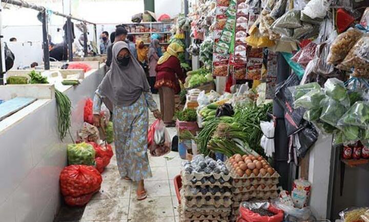 Disdagperin Kota Bekasi Pastikan Harga Pangan Pokok Stabil