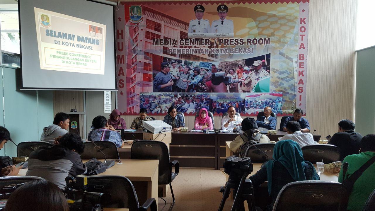 Dinkes Kota Bekasi Press Conference Penanggulangan Difteri Di Kota Bekasi