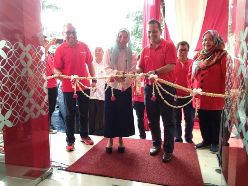 Kadiskominfostandi  Launching  Plaza  Telkom Digital, layanan alternatif beorientasi pelanggan