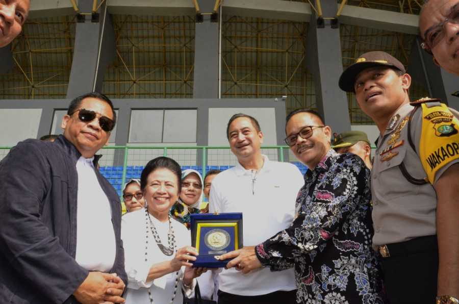 Komisi X DPR RI Tinjau Kesiapan Stadion Patriot Chandrabhaga untuk Asian Games 2018