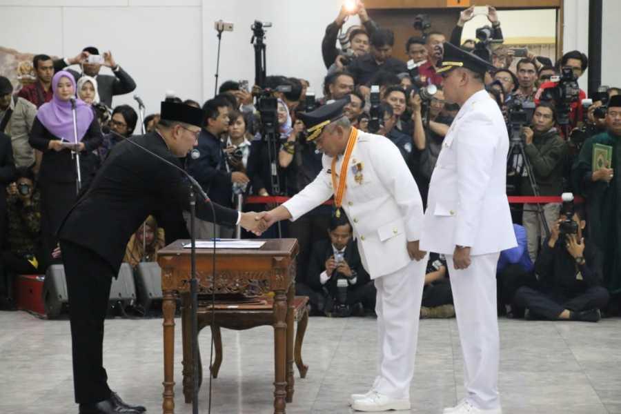 Resmi Dilantik, Rahmat Effendi Lanjutkan Pembangunan Kota Bekasi