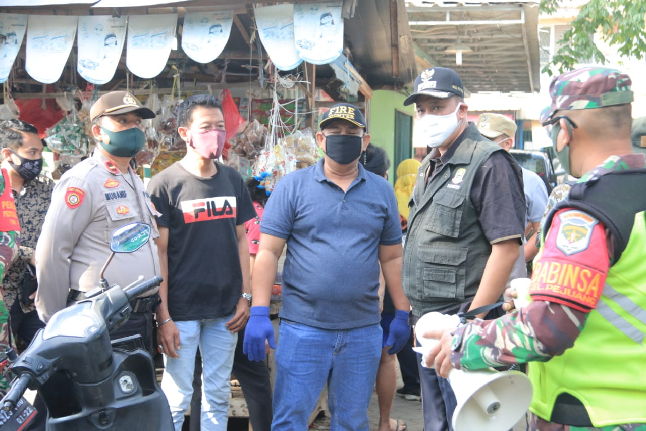 Wakil Wali Kota Tri Adhianto Sidak Penerapan New Normal di Pasar Familly dan Pasar Seroja