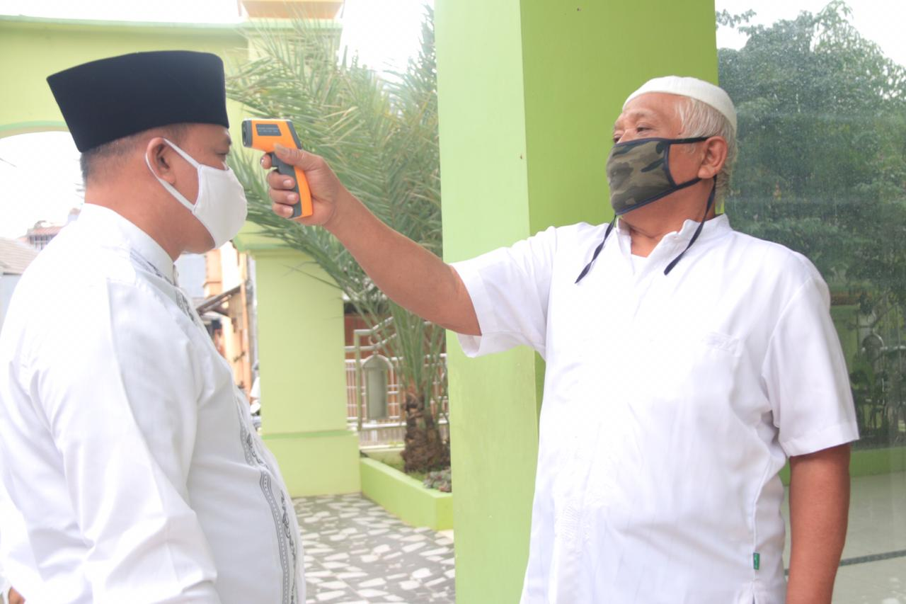 Wakil Wali Kota Bekasi Tinjau Masjid yang Digunakan Sholat Jum'at