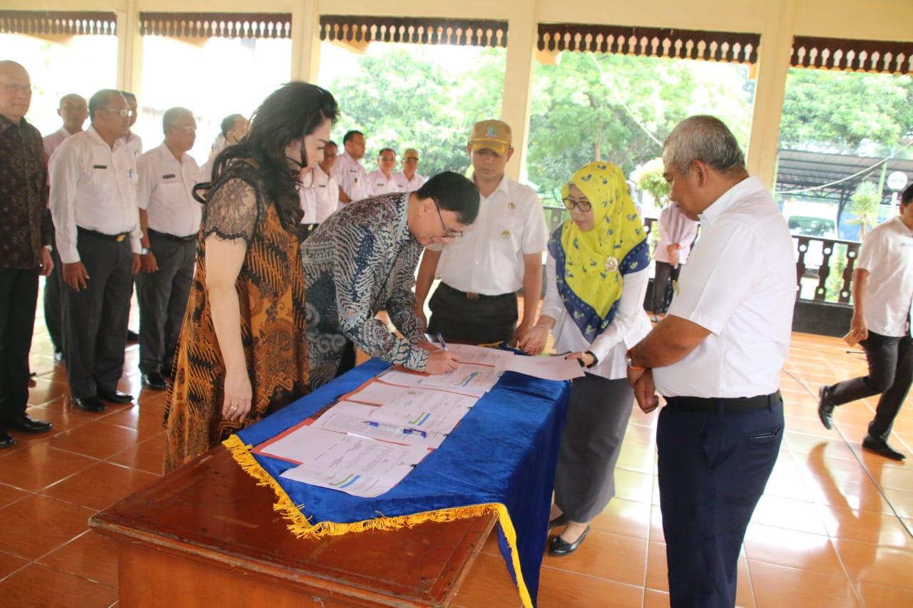 Penandatanganan MoU CSR Pemerintah Kota Bekasi terkait Pembangunan Sky Bridge Revo Town