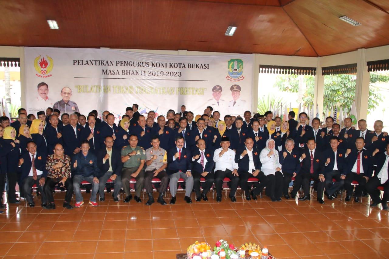 Wali Kota dan Wakil Wali Kota Bekasi Hadiri Pengukuhan Pengurus KONI Kota Bekasi Periode 2019-2023