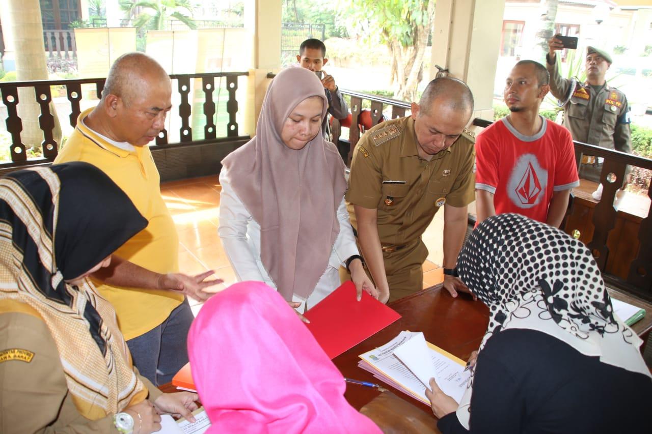 Pejabat Esselon II, III,  dan IV Menandatangani Surat Pernyataan Mutlak Tanggung Jawab Jabatan