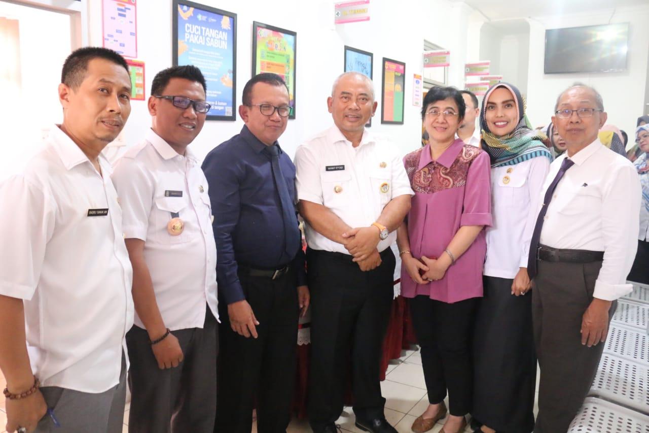 Wali Kota Bekasi Sambangi 3 Puskesmas yang di Akreditasi Oleh Tim Kesehatan RI