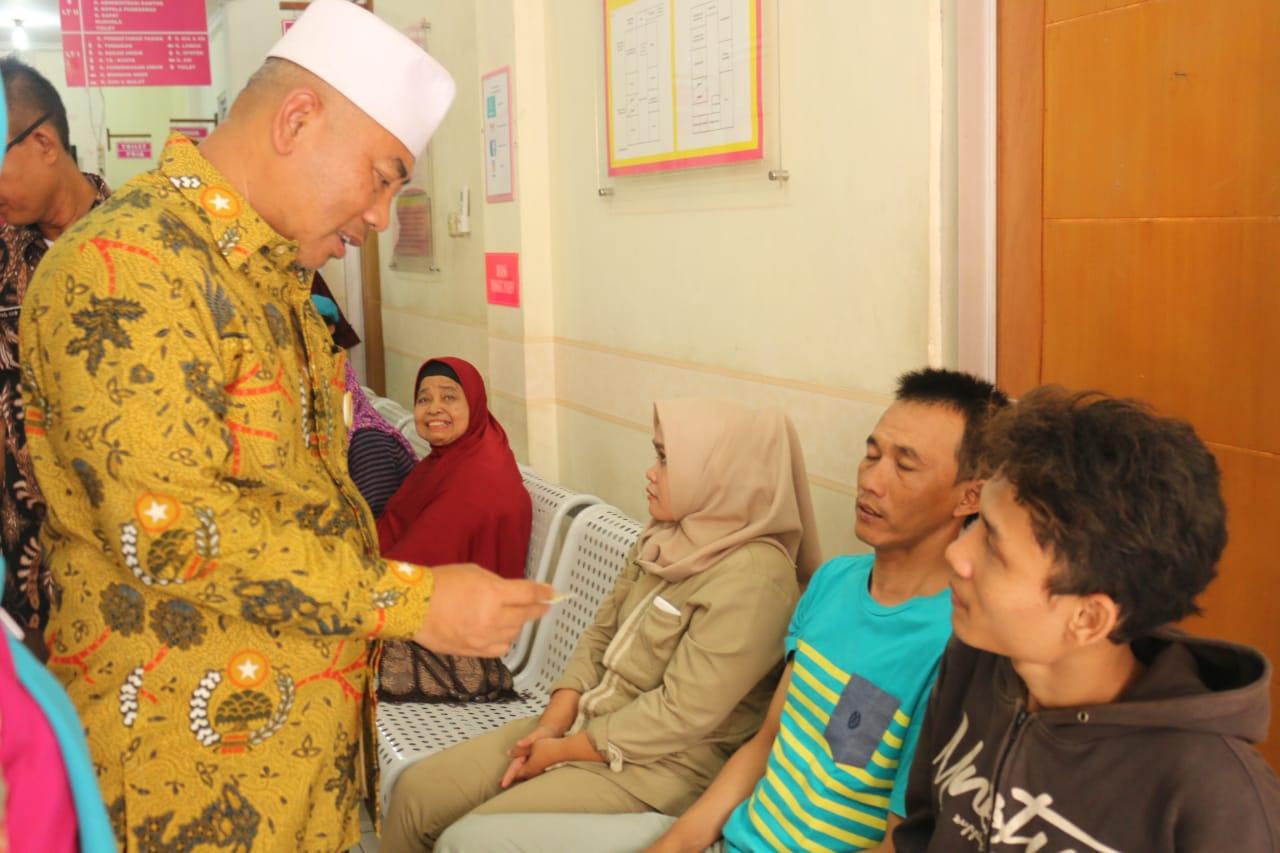 Wali Kota Lihat Puskesmas Marga Jaya dan Dinas Perpustakan Kota Bekasi