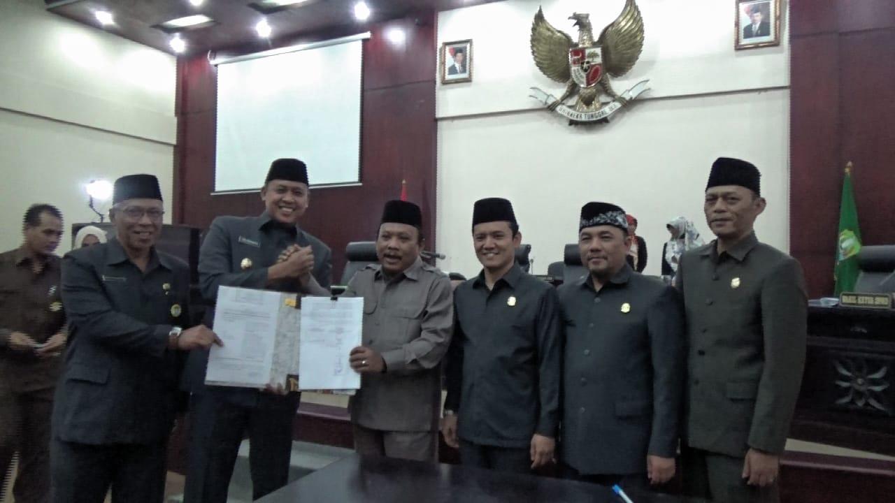 Paripurna DPRD Kota Bekasi Disepakati Perubahan Dua Perda