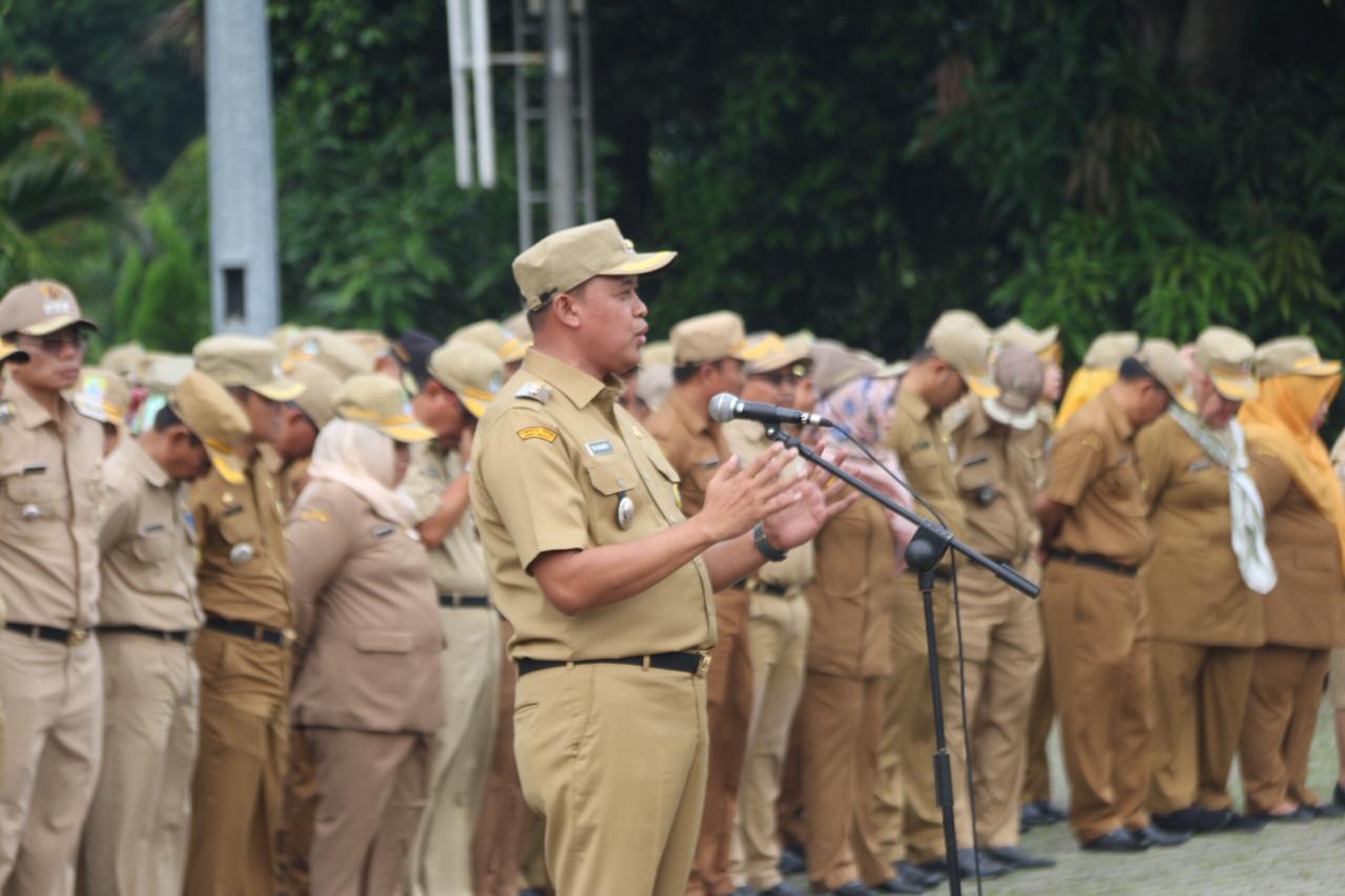 Wakil Wali Kota Bekasi  Tri Adhianto Memimpin  Apel Pagi